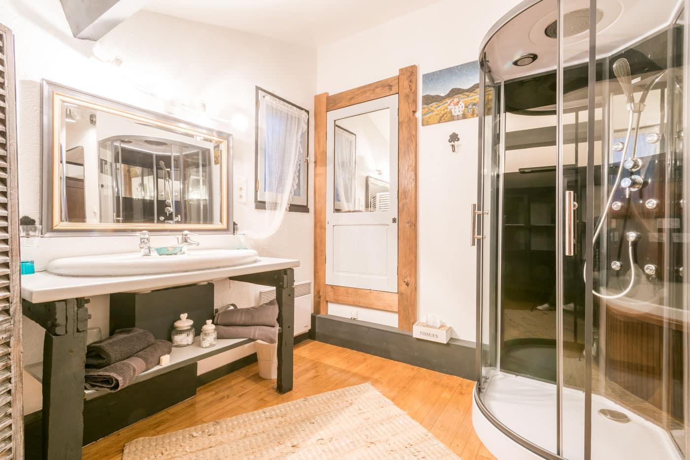 Chambre Merens Salle de bain